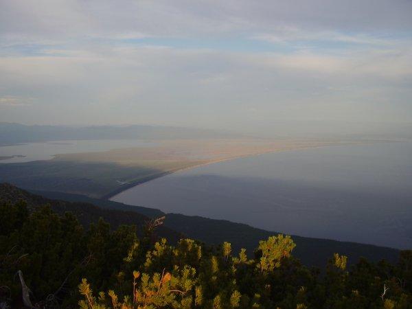 Вид со Святого носа на Баргузинский залив
